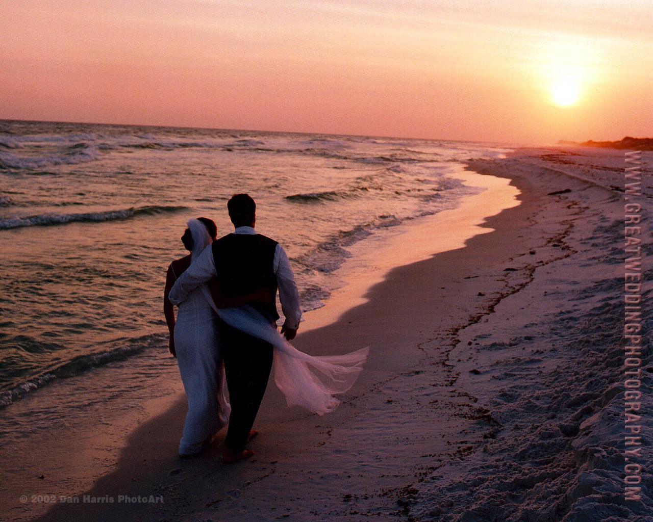 romantic beach wedding photos viewing gallery